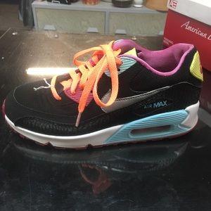 Multicolor Nike Airmax size 5y sneakers